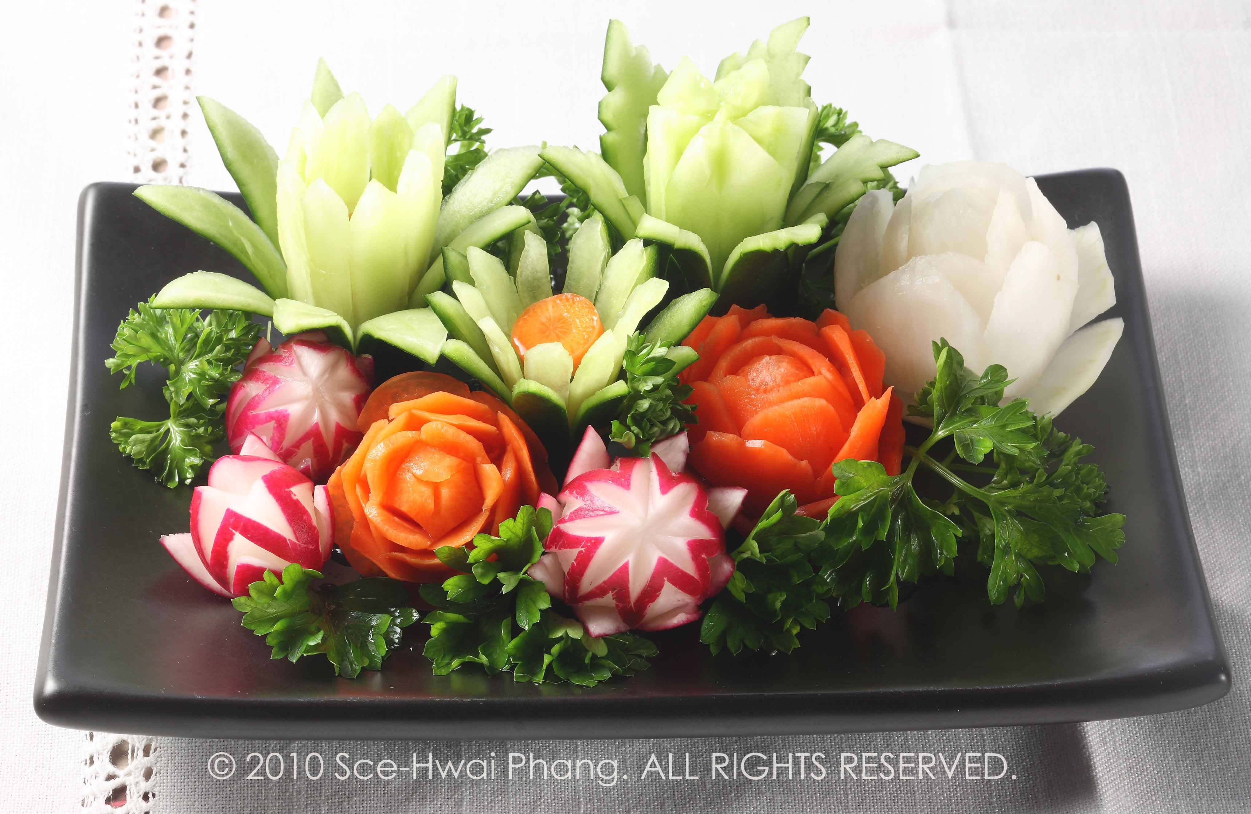 Image Gallery salad carving